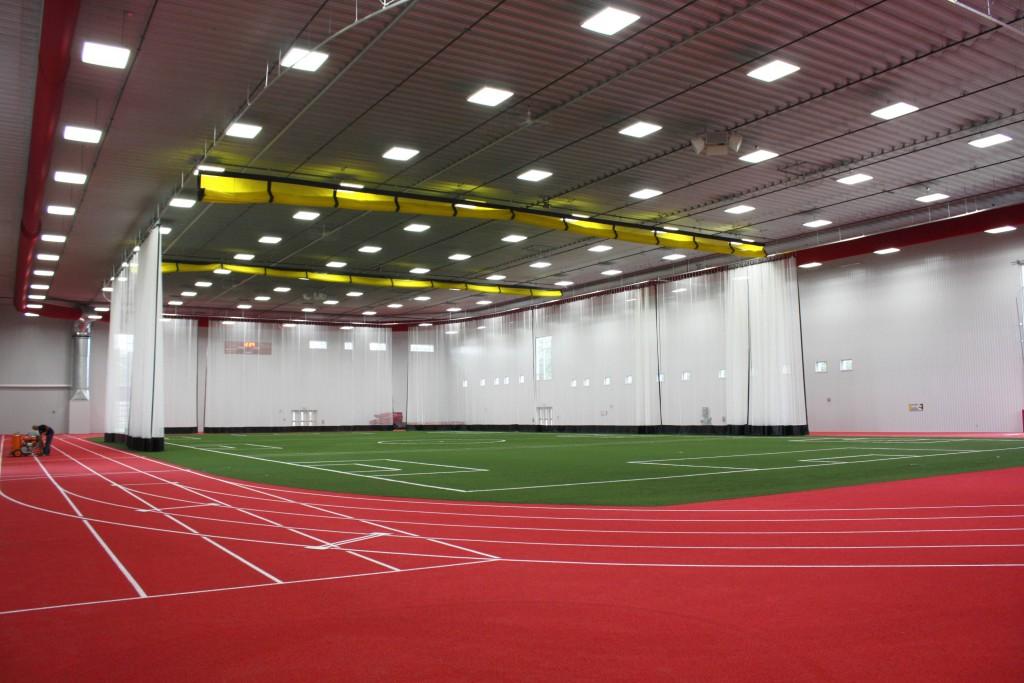 Guelph universtiy fieldhouse honco steel buildings for Pool design guelph